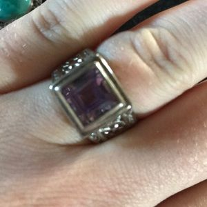 Jewelry - Silver and purple amethyst size 7